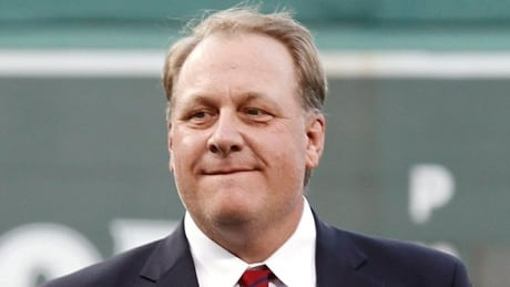 Controversial ex-MLB star Curt