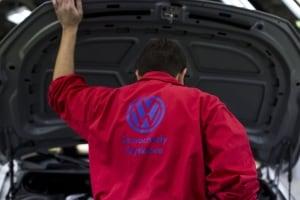 volkswagen vw engine hood