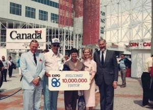 Tom and Shirley Carscadden 10 millionth expo visitors