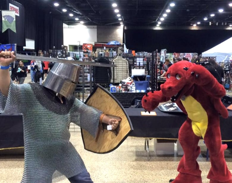Calgary Sword And Armour Company Suits Up Comic Expo