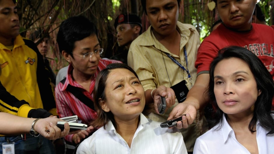 Philippine journalist Ces Drilon is seen talking about her ordeal in 2008. Drilon and two other hostages walked out of a forest on Jolo, the southern island where she was held.