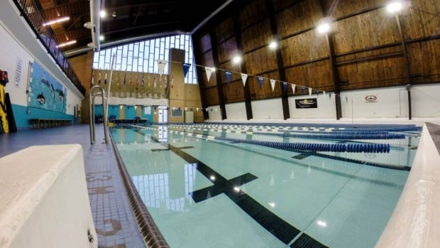 New Centennial Pool Signs To Accommodate Refugees Vision Impaired Cbc News