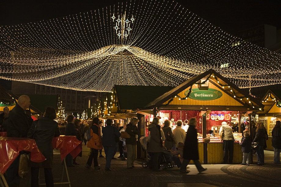 Weihnachtsmarkt Essen Plan.Edmonton Night Market Fades Into The Sunset For At Least A Year