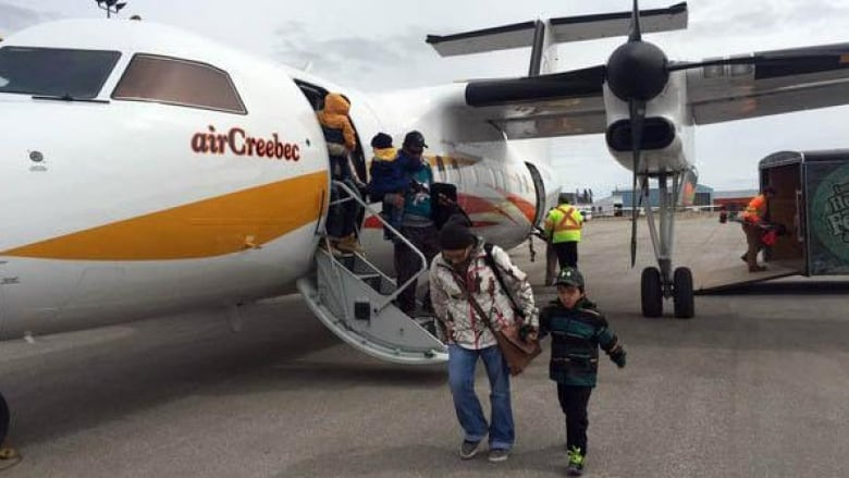 Kashechewan First Nation residents starting to head back home