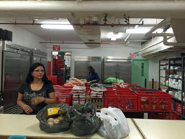 foodbank-refugees