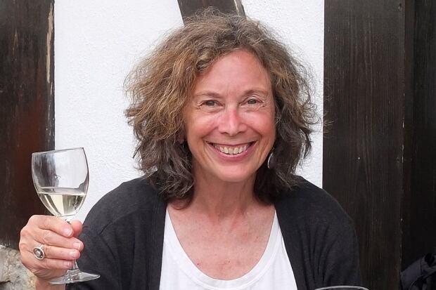 Elaine with vino
