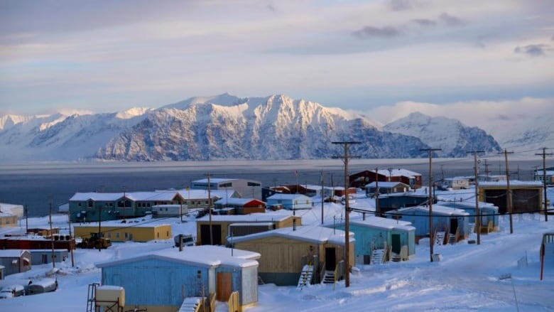 Pond Inlet families 'just appalled' after loved ones delivered in 'cheap' caskets