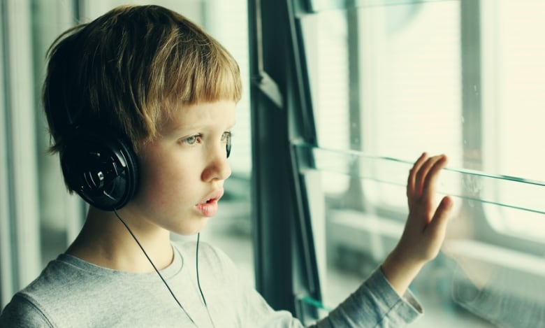 Loud headphones putting young people at risk for hearing