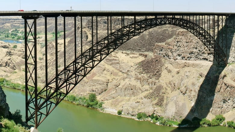 Fatal Fall For Calgary Base Jumper In Idaho Cbc News
