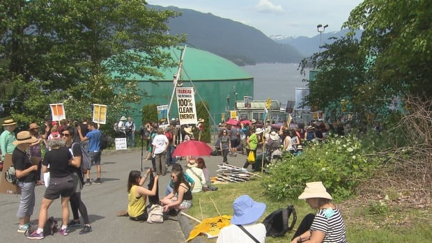 """Hundreds of people gathered at Kinder Morgan's Burnaby terminal on May 14, 2016 as part of a world-wide event asking countries to """"break-free"""" of fossil fuels."""