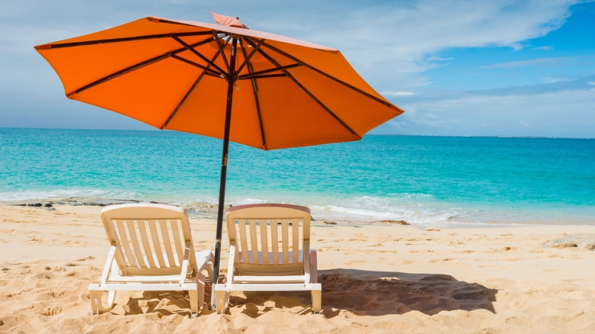 Great Vancouver Park Board Approves Beach Chair And Umbrella Rental Pilot Project    British Columbia   CBC News Photo