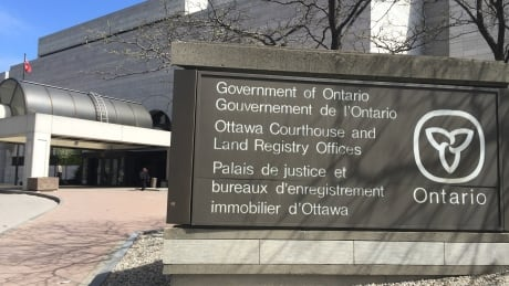 ottawa courthouse court land registry government ontario