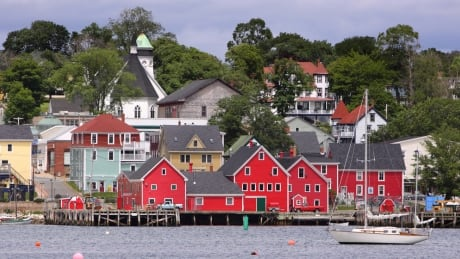 100-year-old boatbuilding shed on Lunenburg waterfront to get $1.5-million facelift