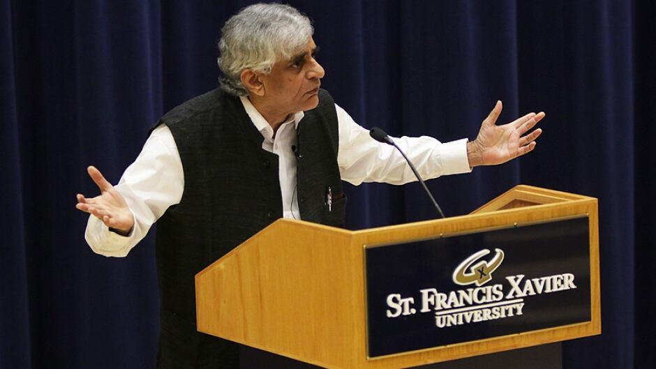 Palagummi Sainath, Saint Francis Xavier University's Coady Chair in Social Justice for 2015.
