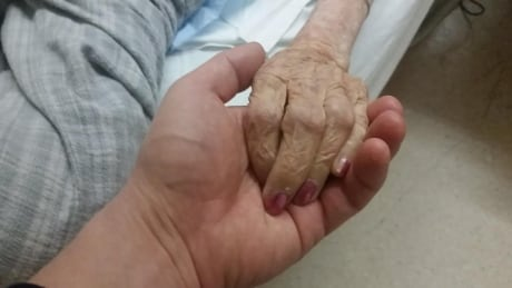 Nurse practitioners not always compensated for providing medical assistance in dying thumbnail
