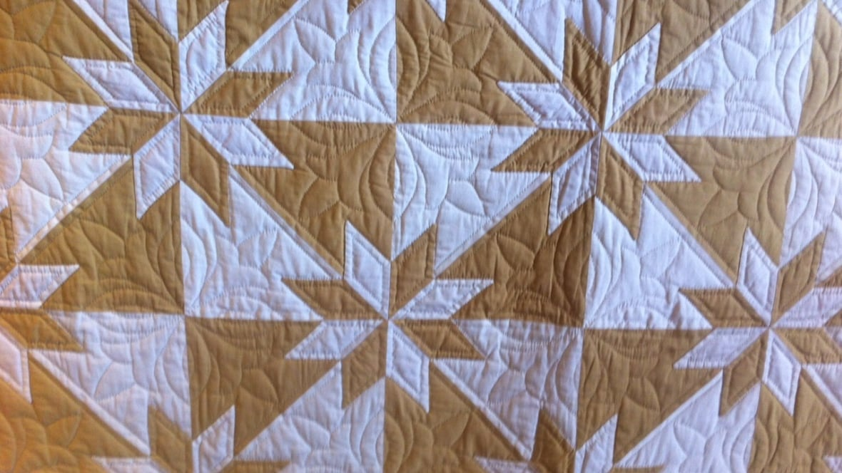 Love and quilts: 50 years of the New Hamburg Mennonite Relief Sale ... : mennonite quilts sale - Adamdwight.com
