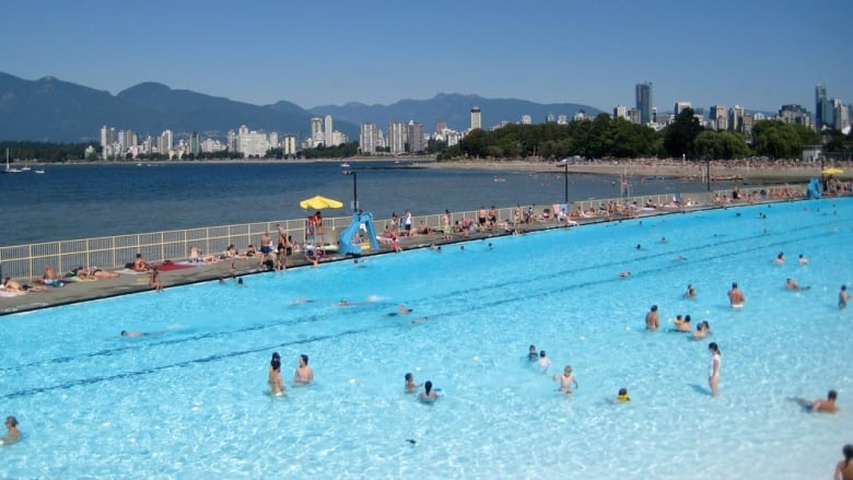 Vancouver Park Board Promises New 39 Pop Up 39 Pool By Spring 2017 Cbc News