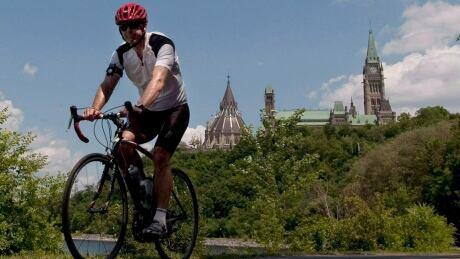 Cyclist hike helmet Ottawa 2012