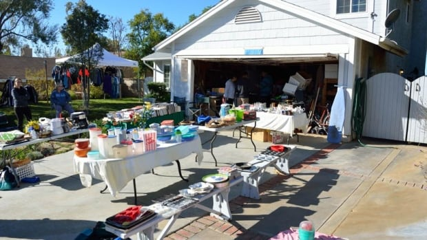 Garage sale app brings thrifting into the 21st century for Single garages for sale