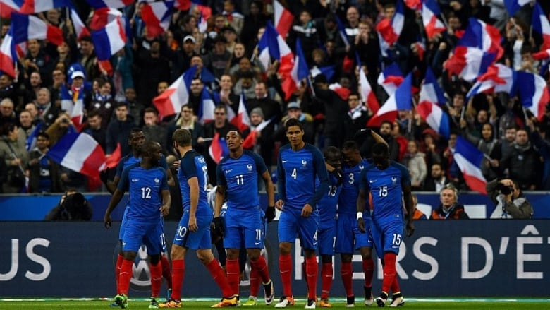 867599e7e French players celebrate in an international friendly in March ahead of the 2016  UEFA European Championship. Oddsmakers have given the host nation another  ...