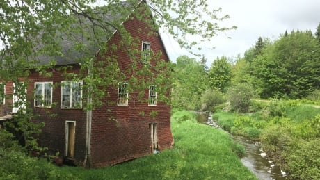 image of leard s grist mill