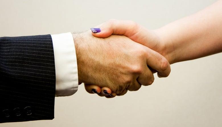 Job hunting tips from Calgary's 'LinkedIn Wizard'