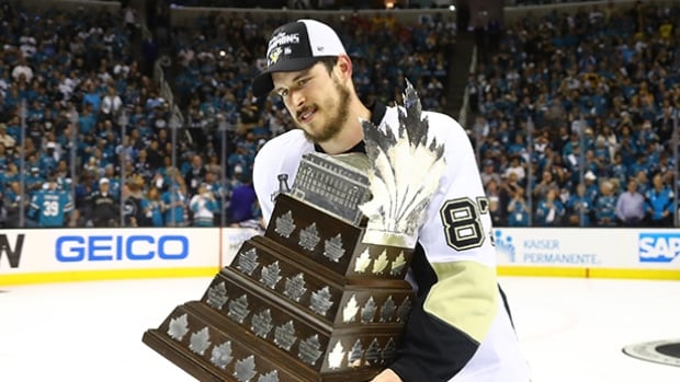 Sidney Crosby of the Pittsburgh Penguins won the Conn Smythe Trophy as playoff MVP Sunday when his team won the Stanley Cup in Game 6.