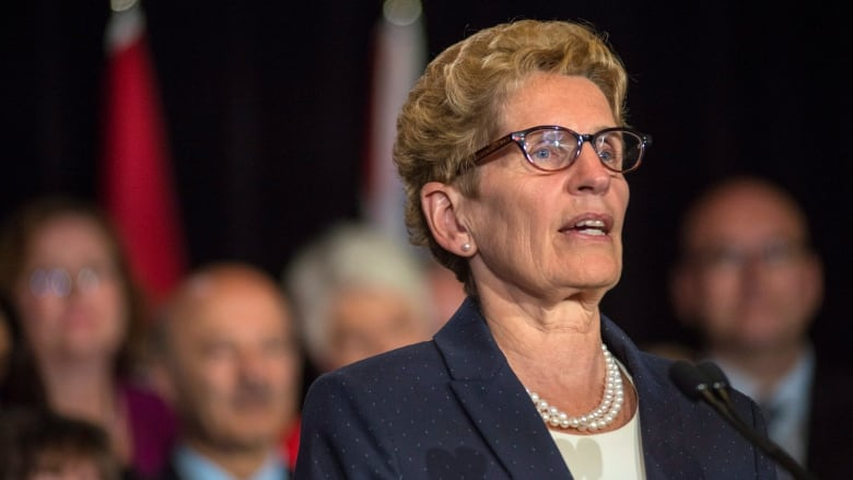 Kathleen Wynne sets bar for province's approval of expanded Canada