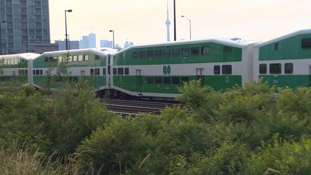 go train stopped before exhibition lakeshore west