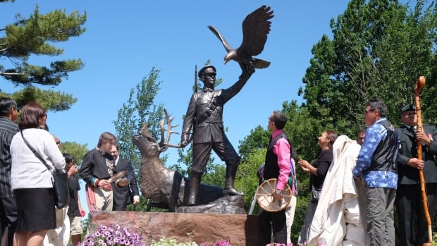The life-size bronze statue of Francis Pegahmagabow was funded by the federal government, the Armed Forces, First Nations, advocacy groups and private donors.