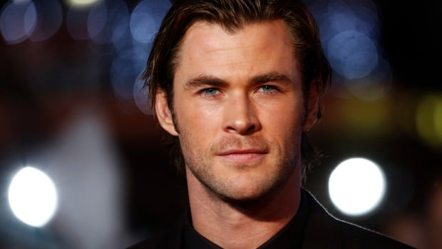 Irrelevant Show - Chris Hemsworth
