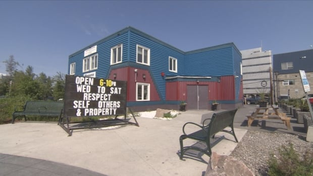 The City of Yellowknife has signed a $50,000 contract with the SideDoor youth centre to run a new employment program for young homeless people.