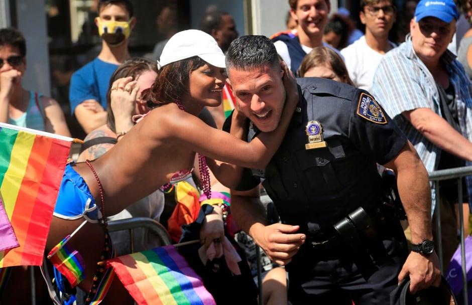 Male cop kisses gay teen jordan needs a hot 1