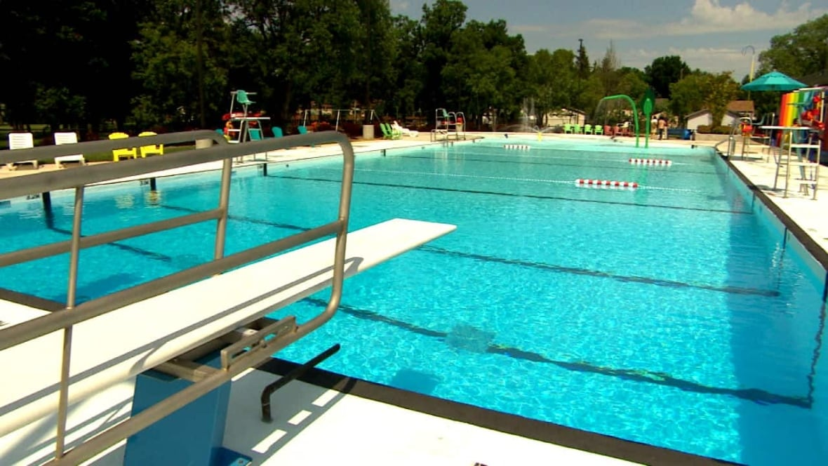 St Vital Swimming Pool Reopens Manitoba Cbc News