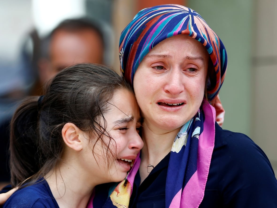 Istanbul Death Toll Climbs To 42 At Least 1 Canadian Among Injured
