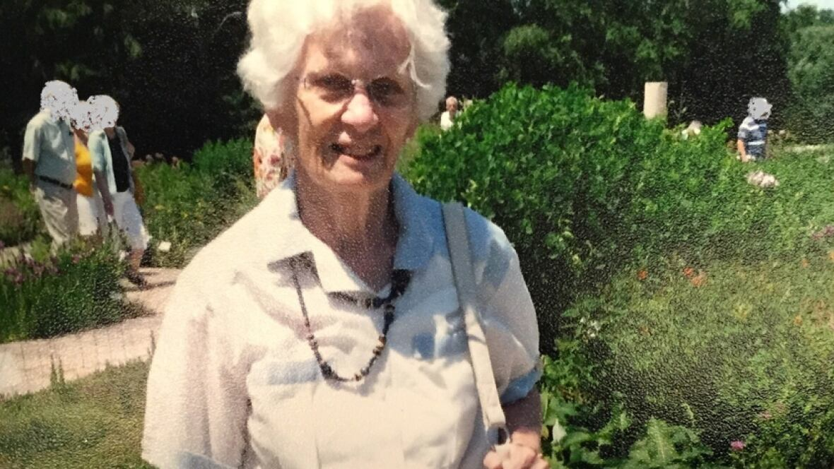 Police find wallet in search for woman with Alzheimer's missing since last July