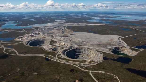 Dominion Diamond puts itself up for sale after $1.1 billion approach