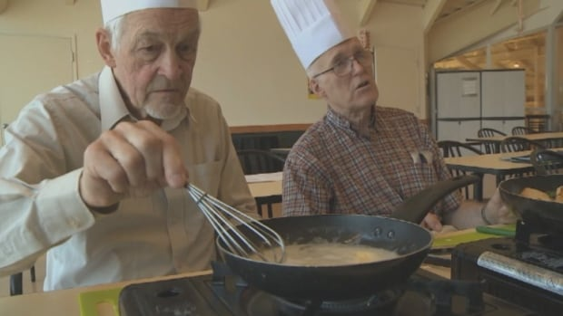 A small group of Montreal men are taking an eight week cooking course to learn to take care of themselves and their partners.