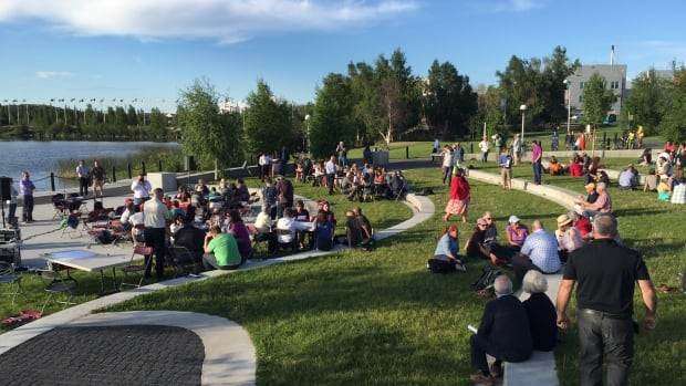 Yellowknife's Somba K'e park provided the setting for an evening gathering about climate change with Canada's first minister of climate change.