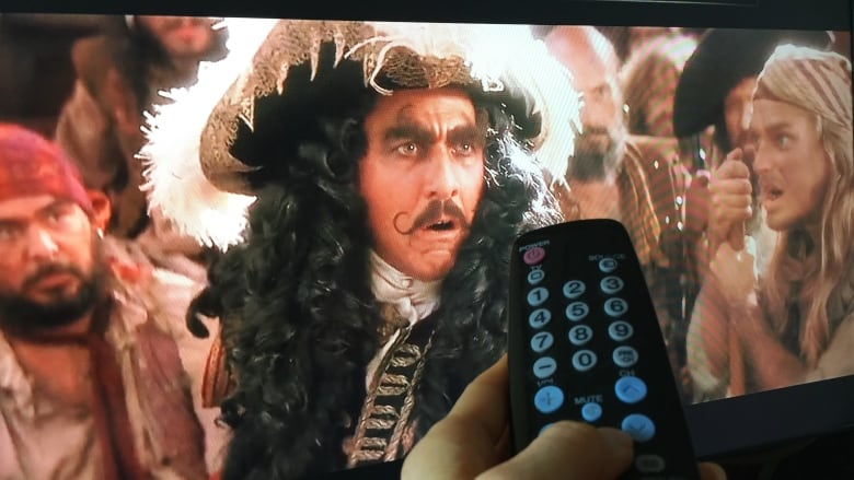 Pirates are selling cheap, live TV and some Canadians are signing up