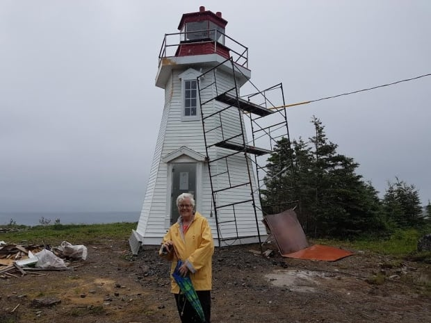 Janet McGillen and the Gabarus lighthouse