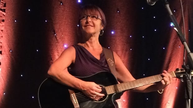 Island musician Maxine Maclennan was injured in a car accident three weeks ago and has been in hospital since.