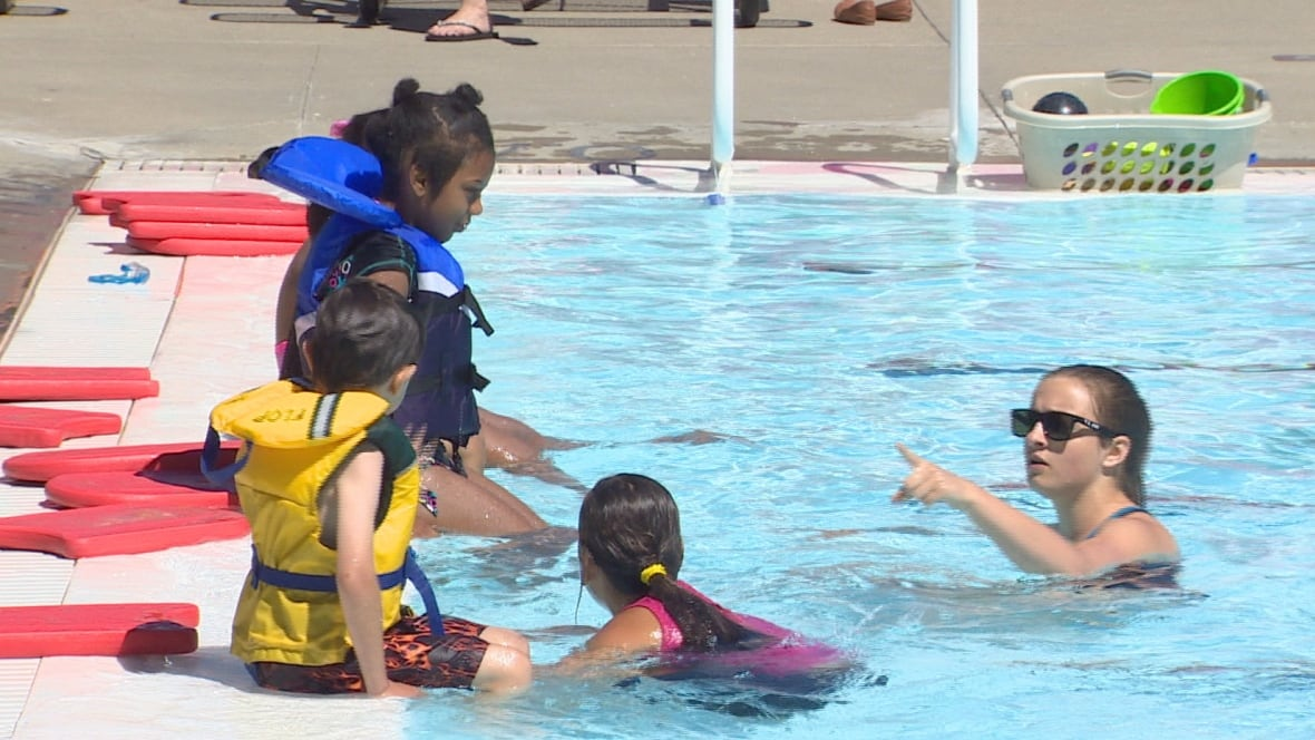 Study Finds Average Swimming Pool Can Have Up To 75 Litres Of Urine Edmonton Cbc News
