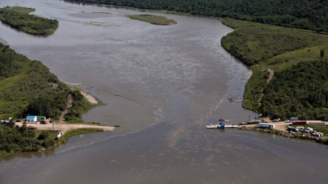 Husky Energy to face charges in 2016 oil spill into North Saskatchewan River thumbnail