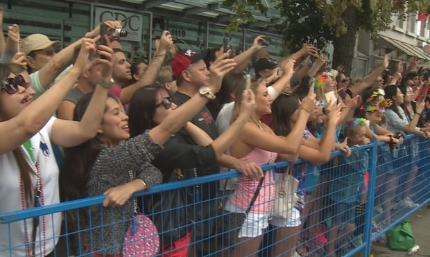 Vancouver Pride Parade take picture of Justin Trudeau