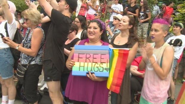 Vancouver Pride Parade 2016 Free Hugs
