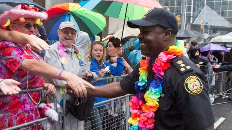 Toronto police apply to march in 2018 Pride Parade, but group doesn't  'believe that this is the time'