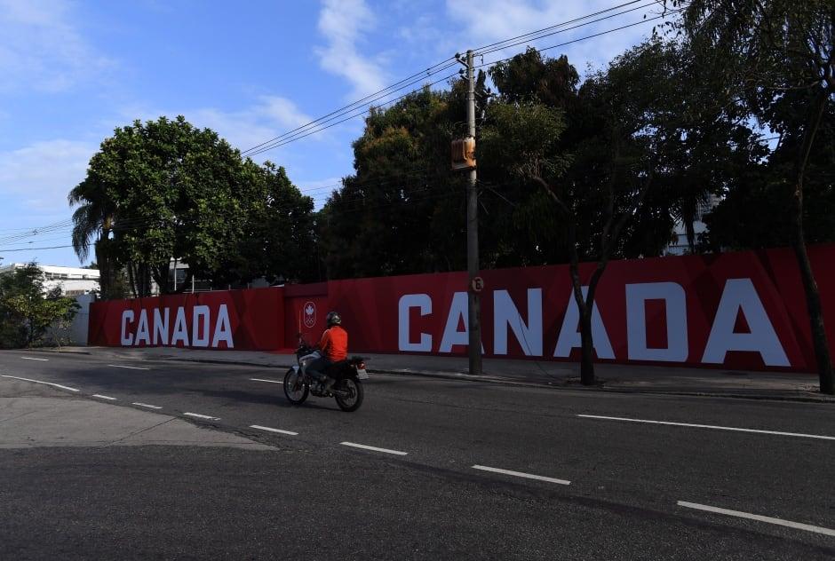 OLY Canada House 20160804