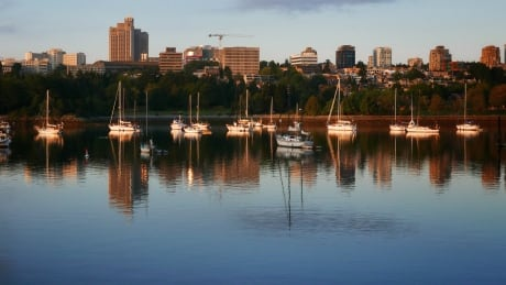 Keep False Creek doo doo free: Park Board, City of Vancouver offer free boat pump outs