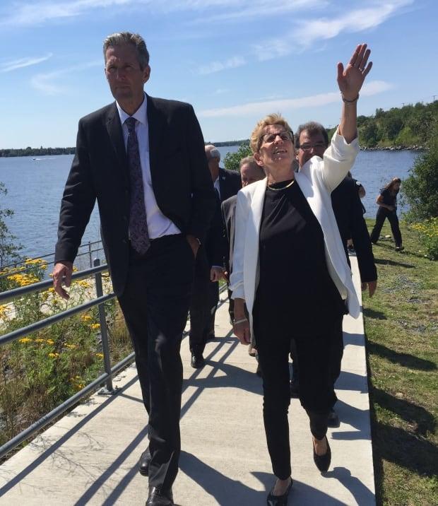 Brian Pallister and Kathleen Wynne